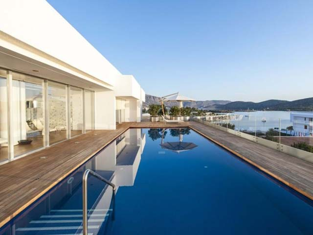 Elounda Beach Resort and Villas -