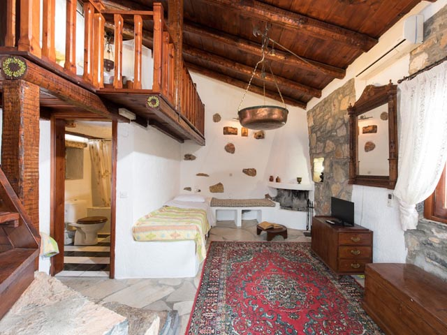 Elounda Kaliopi Stone Home: