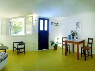 Kanales Suites - Studios & RoomsRoom