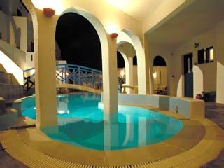 Kanales Suites - Studios & RoomsSwimming Pool