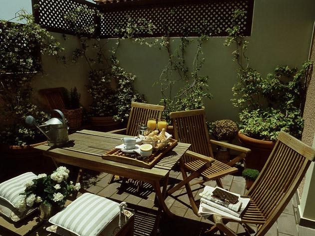 Kefalari Suites HotelBoat-house verandah