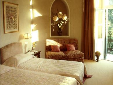 Kefalari Suites HotelCamelot Superior Suite