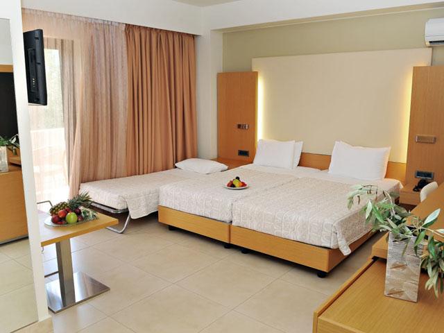 Elite City Resort: