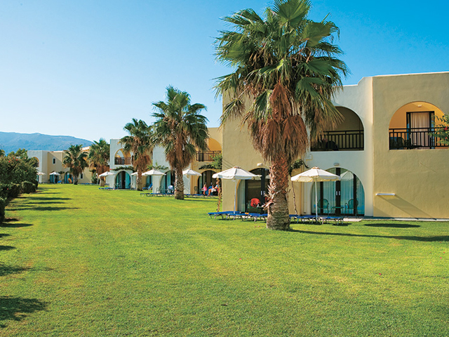Book Now: Grecotel Royal Park