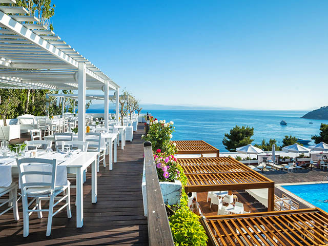 Skiathos palace hotel 5 stars luxury hotel in for Best hotels in skiathos