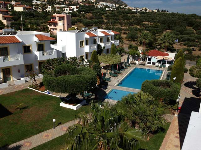 Book Now: Nikolas Villas Apartments