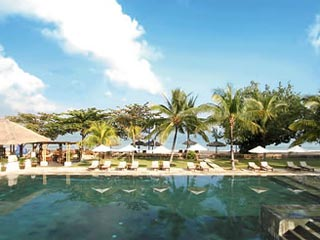 Jimbaran Puri Bali Resort Hotel
