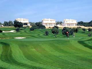 Colina Verde Aparthotel & Golf Resort