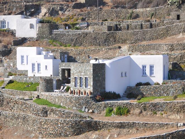 Polixeni Villa