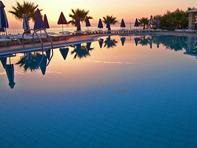 Book Now: Xenos Kamara Beach Hotel