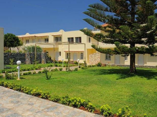 Villa mare monte hotels malia heraklion crete greece for Monte villa motor inn