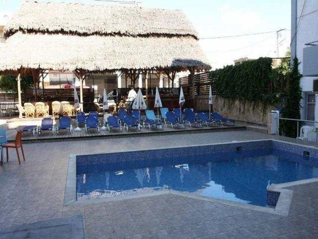 Hersonissos blue simple hotels ex averinos hotels for Blue sea motor inn