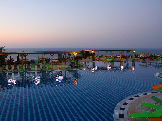 Aqua sun village hotels hersonissos heraklion crete greece for Blue sea motor inn