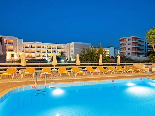 Manos maria apartments hotels hersonissos heraklion for Blue sea motor inn