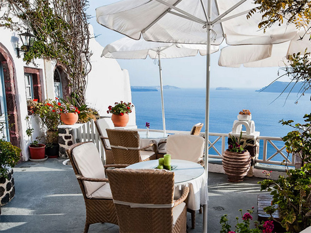 Alexanders boutique hotel hotels oia santorini cyclades for Boutique hotel oia