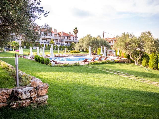 Kassandra Village Resort