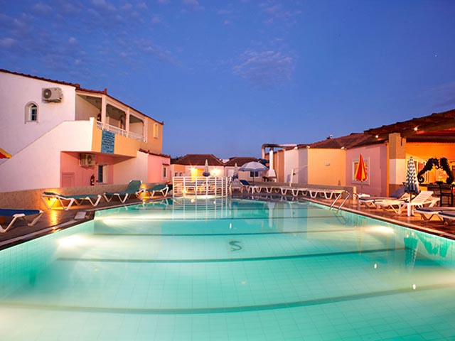 Marieta Apartments