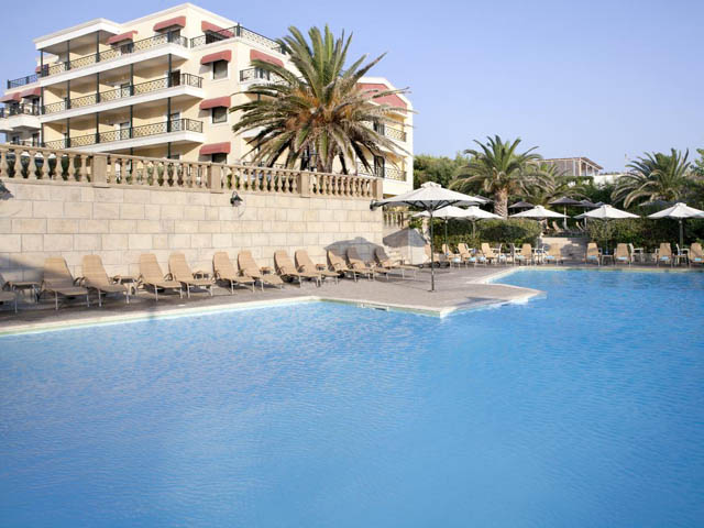 Book Now: Ramada Attica Riviera Hotel