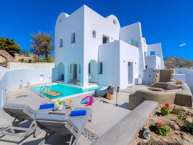 White Harmony Luxury Suites