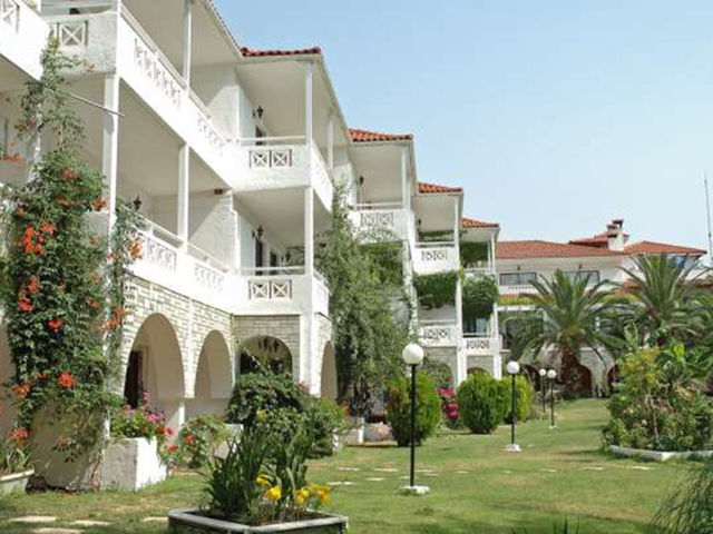 Book Now: Porfi Beach Hotel