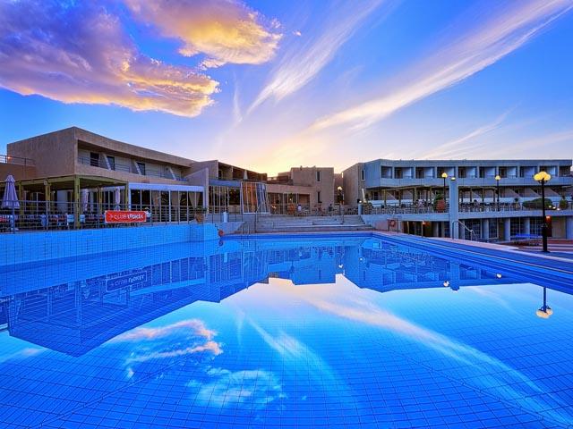 Santa Marina Beach Resort