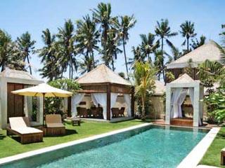 Majapahit Beach Villa Raj