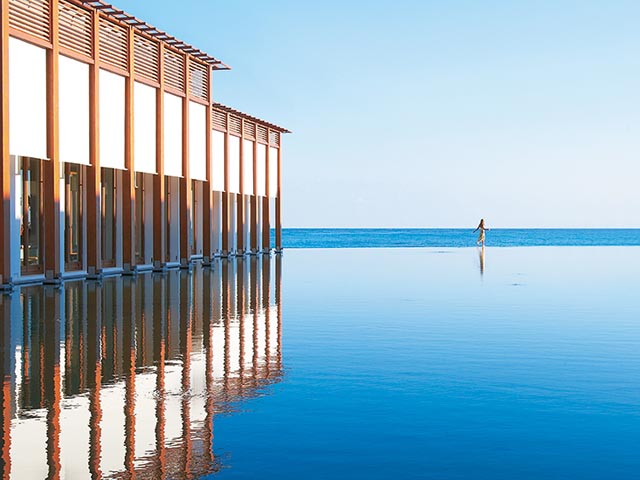 Amirandes Exclusive Resort