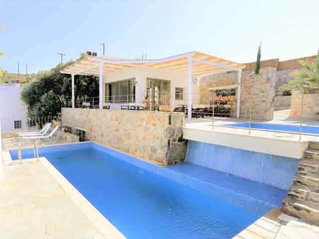 Book Now: Mourtzanakis Residence