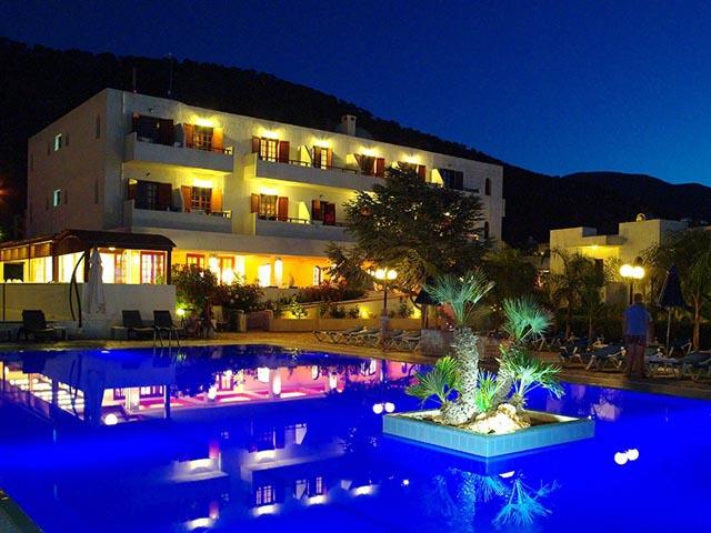 Smartline Kyknos Beach Hotel & Bungalows