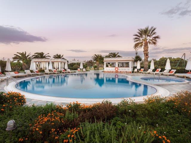 Porto Naxos Hotel